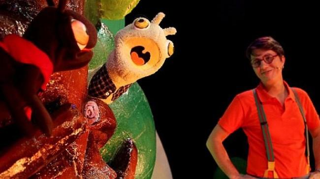 İBB Şehir Tiyatroları 23 Nisan Ulusal Egemenlik ve Çocuk Bayramı'nı 'Elma Kurdu Kırtık' oyunuyla kutluyor