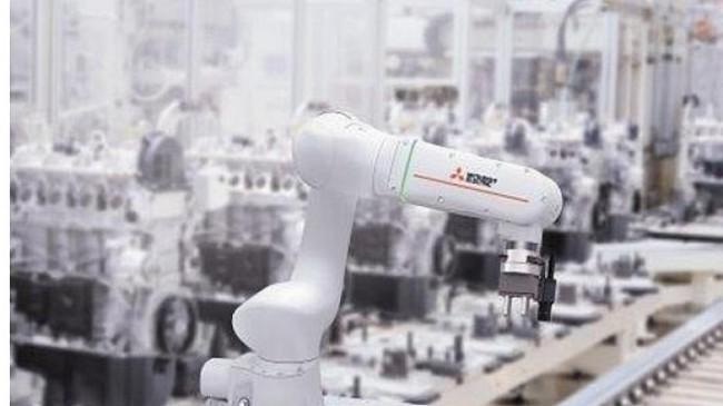 Mitsubishi Electric, Celal Bayar Üniversitesi Öğrencilerine İleri Robot Teknolojilerini Anlattı