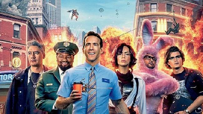"""20th Century Studios'dan Shawn Levy """"Gerçek Kahraman"""" Filmine Ait Fragman ve Poster Yayınlandı!"""