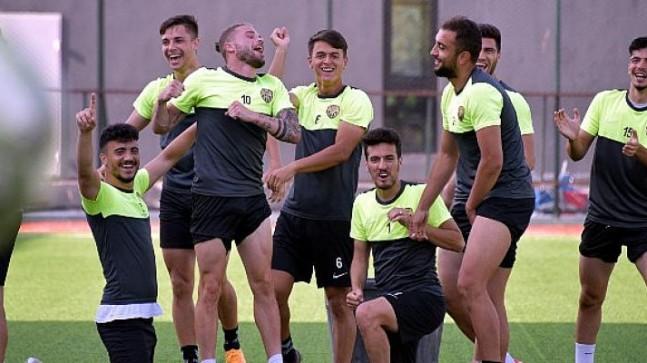 Aliağaspor FK, Çiğli Deplasmanına Hazırlanıyor