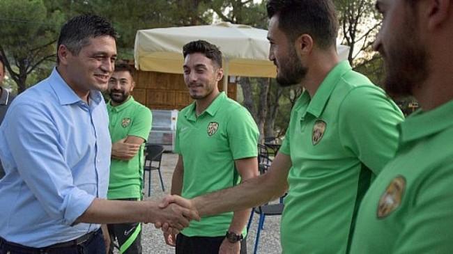 Aliağaspor FK, Güzelhisar Tesisleri'nde Bir Araya Geldi