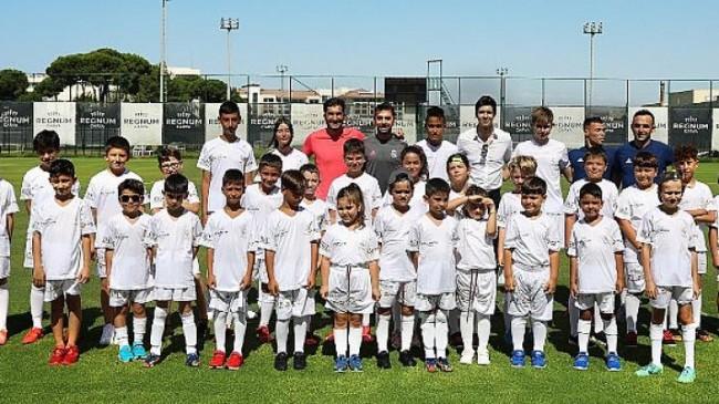 Geleceğin Futbol Yıldızlarını Yetiştiren Real Madrid Futbol Okulu 5 Yaşında!