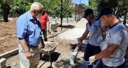 Karabağlar Belediyesi ekipleri hafta sonları sahada