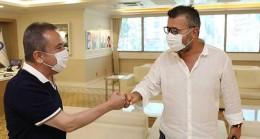 Antalyaspor'un yeni yönetiminden Başkan Muhittin Böcek'e ziyaret