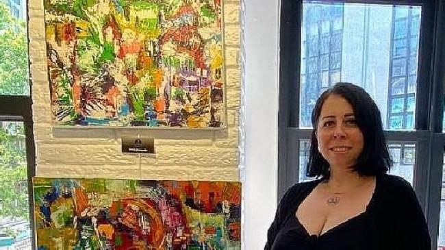 Ressam Gamze Kırşavoğlu tablolarında 'meditasyon' etkisi