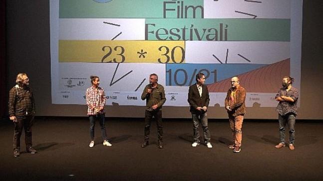 """Cemil Ağacıkoğlu; """"filmde, adalet ve ihanet kavramlarını kullanmak istedim."""""""