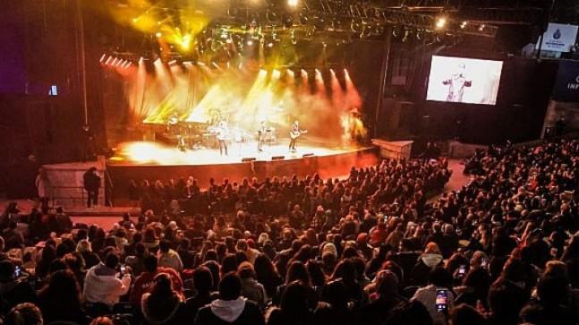 Infinit Harbiye Açıkhava Konserleri'nde 4 gün 4 dev konser 8000 seyirci